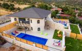 Villa Sandak 2
